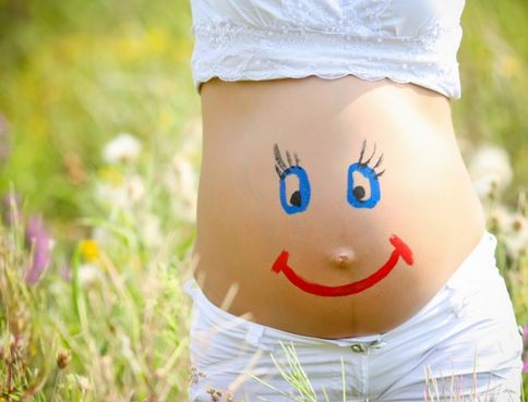 Bí quyết chăm sóc da khi mang thai